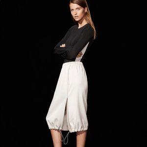 Babaton 1-01 Cahun Skirt, Size Small
